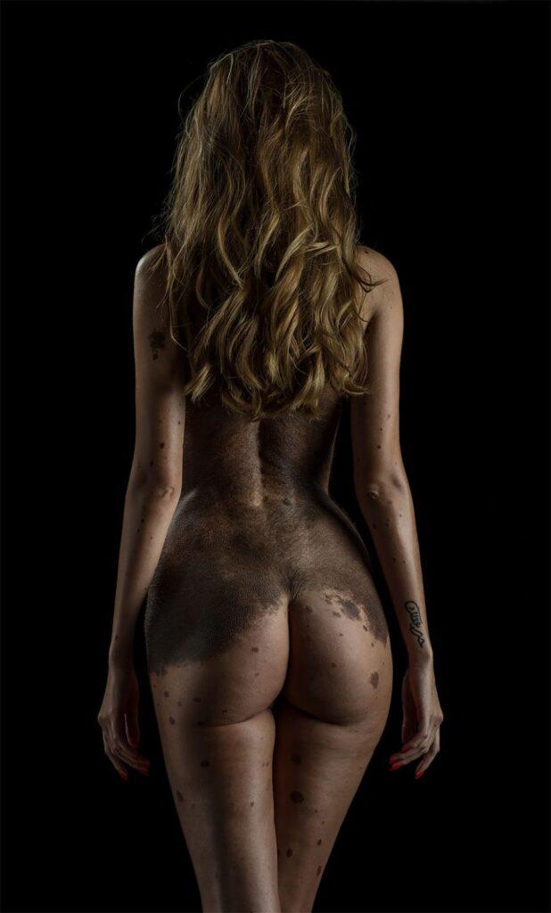 Fotografía de la belleza inusual del cuerpo humano.