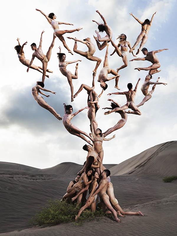 Fotografías surrealistas de bailarines desafiando la gravedad.