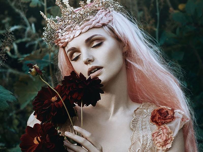 La belleza femenina en los retratos de cuento de Bella Kotak