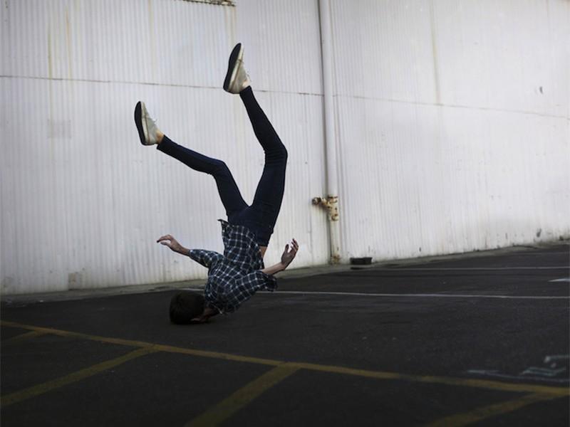 El fotógrafo autodidacta en el mundo surrealista de Brian Oldham