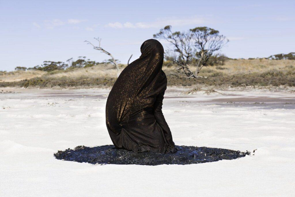 Los artistas australianos multidisciplinarios Honey Long y Prue Stent